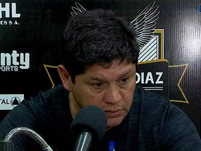 Luis Escobar aceptó que el equipo no jugó bien