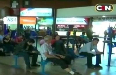 Pocos pasajeros en el terminal de buses de CDE