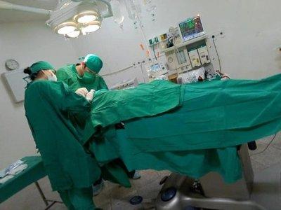 Coronel Oviedo: Culminan con éxito primera neurocirugía en hospital regional