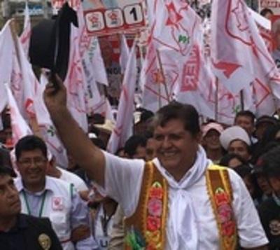 """Expresidente peruano: """"Allí dejo mi cadáver como muestra de desprecio"""""""