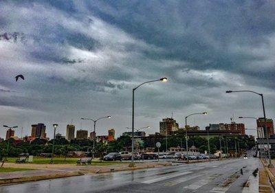 Anuncian lluvias y tormentas para este sábado de gloria