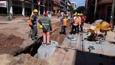 No paran los trabajos de alcantarillado en Asunción
