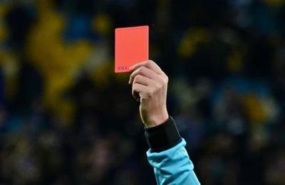 El árbitro que renunció a la profesión para 'no seguir perjudicando' al fútbol