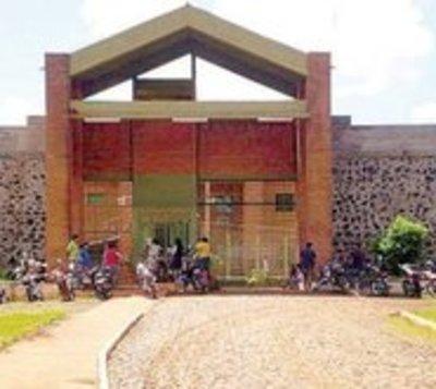 Miembros del PCC intentan fugarse de prisión de Itapúa