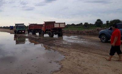 La ruta a Alberdi está amenazada de nuevo por la crecida del río Paraguay