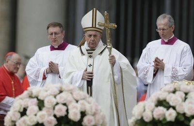 El papa denunció violencia en Sri Lanka en domingo de Pascua