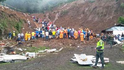Al menos 14 muertos deja avalancha de tierra en el suroeste de Colombia