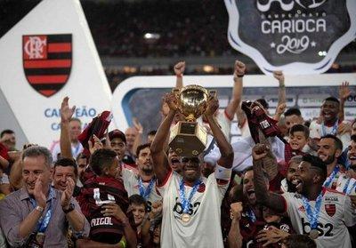Corinthians y Flamengo, campeones