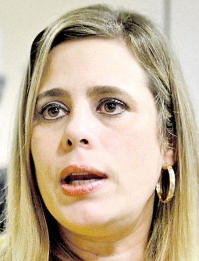 Diputada pide pruebas para acusar a Garay Zuccolillo