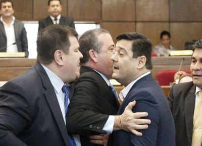 Senado analiza sanción o apercibimiento a Amarilla y Buzarquis