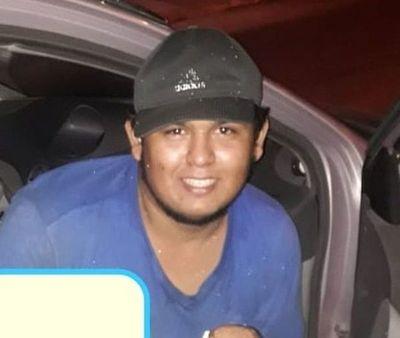 Denuncian desaparición de un joven desde el sábado