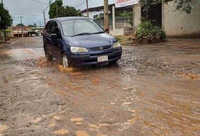 Empresa adjudicada para obra no asfaltó 200 metros de la avenida Amambay
