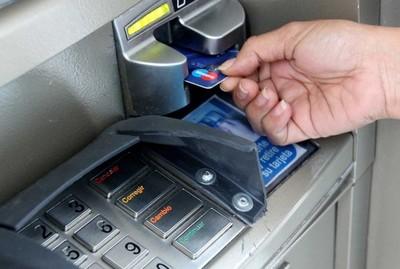 Clonadores de tarjetas roban G. 12 millones mediante extracciones y compras online