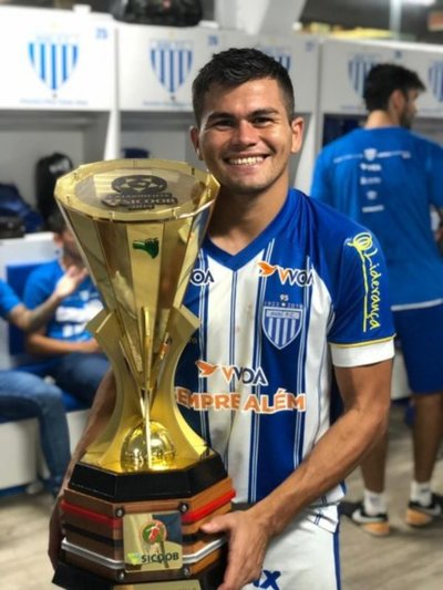 Brizuela es campeón en Brasil