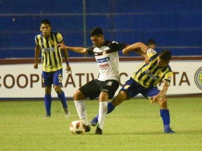 Capiatá aguanta con 9 y salva un empate contra General Díaz