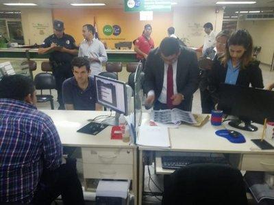 Caen funcionarios coimeros de la Municipalidad de Asunción