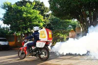 En marcha operativo contra el dengue en Alto Paraná con novedosas motofumigadoras