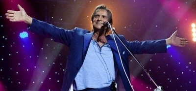 HOY / El Rey de la canción romántica  y su inminente 'desembarco' en  Paraguay, tras cuatro años