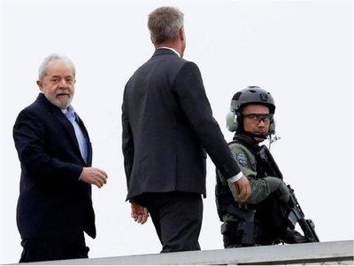 Juez pide reducir pena de Lula a 8 años