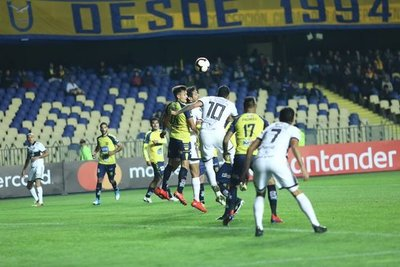 El Decano logra un empate en Chile