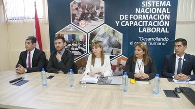 Realizarán 187 cursos de rápida salida laboral para beneficiar a 4687 compatriotas de diferentes puntos del país