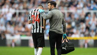 Newcastle informó sobre la lesión de Almirón