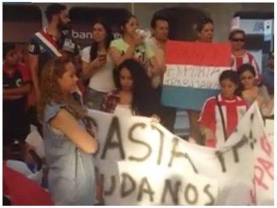 "Desde Madrid enviaron G. 12 millones a los ""anti lista sábana"""
