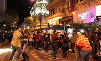 """HOY / Décima edición de """"El folklore sale a las calles"""" declarada de interés cultural"""