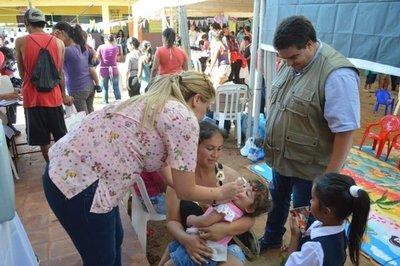 Primera dama anuncia puesto de saludpara populoso barrio
