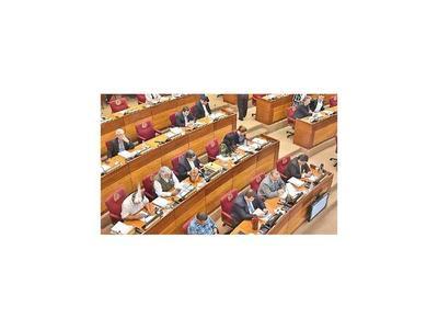 Comisión posterga ascensos por falta de dictámenes