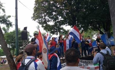 HOY / Ante discurso de violencia, Policía despliega fuerte control en el centro