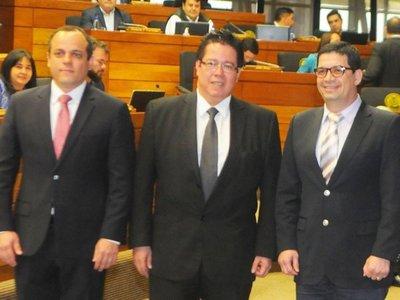 Convocan a subcontralor para asumir cargo que deja Enrique García