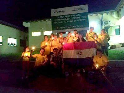 Con protesta a luz de velas, exigen alumbrados públicos en Franco