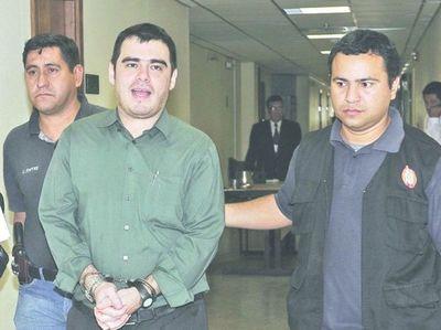 Suspenden juicio a exdefensor acusado de matricidio