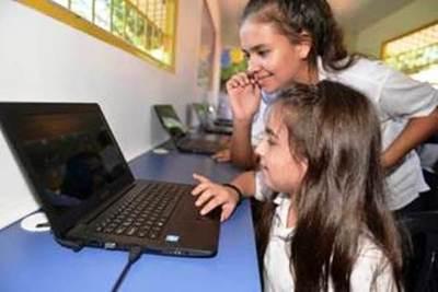 CONATEL anuncia habilitación de telecentros para niñas