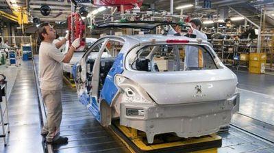 Industria automotriz argentina, con las ruedas desinfladas