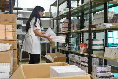 Hospitales de Alto Paraná refuerzan su dotación de medicamentos para tratamiento del dengue