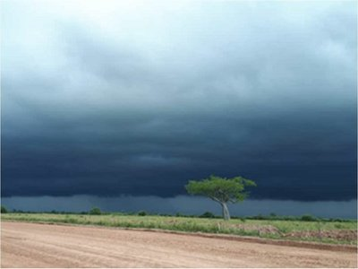 Anuncian lluvias con tormentas para 13 departamentos