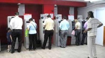 Funcionarios públicos empiezan a cobrar este jueves