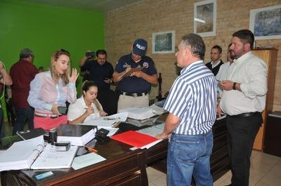 Fiscalía anticorrupción allanó la Junta y la Intendencia Municipal de CDE