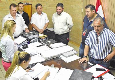 Investigan presunta falsificación de documentos de la Comuna de CDE
