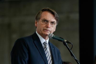 """Bolsonaro dice que si no aprueban su reforma previsional """"la situación explotará en 2022"""""""