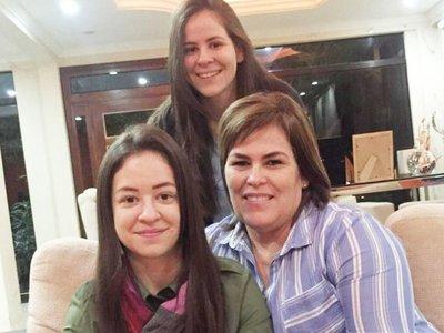 Hijas de Cuevas renuncian a sus cargos
