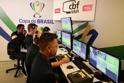 Brasil estrena hoy el videoarbitraje en su torneo