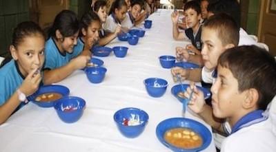 El almuerzo escolar aún no fue analizado por la Junta Municipal