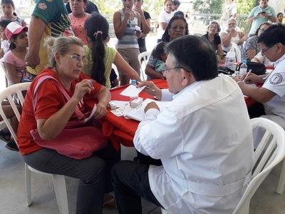 Salud Pública controla zonas afectadas y asiste a desplazados por inundaciones
