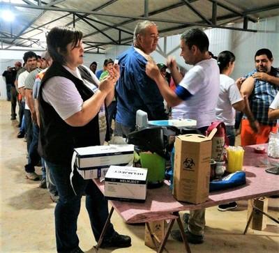 Salud Pública realizó inmunizaciones masivas en Boquerón