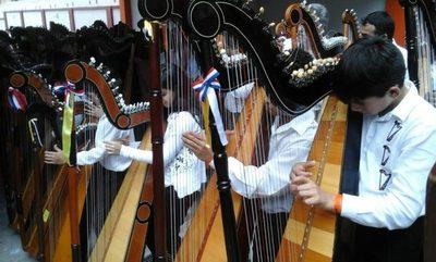 Gran concierto con maestros del arpa paraguaya de todo el país