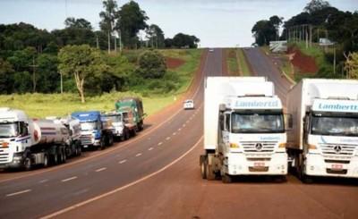 Camioneros cierran Ruta VII en CDE y Minga Guazú