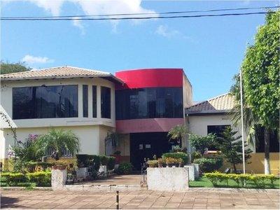 Allanan Municipalidad de Salto de Guairá ante denuncia por supuesta estafa